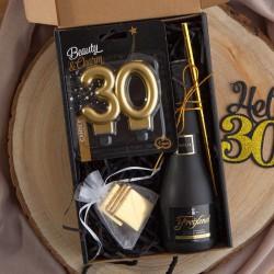 PREZENT na 30 urodziny czarny BOX z IMIENIEM wino+świeczka LUX