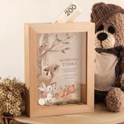 SKARBONKA drewniana na prezent z szybką Z IMIENIEM Leśne Zwierzątka