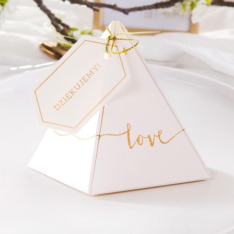 Pudełeczko z napisem love