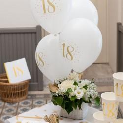 BALONY na 18 urodziny białe+złote 23cm 8szt