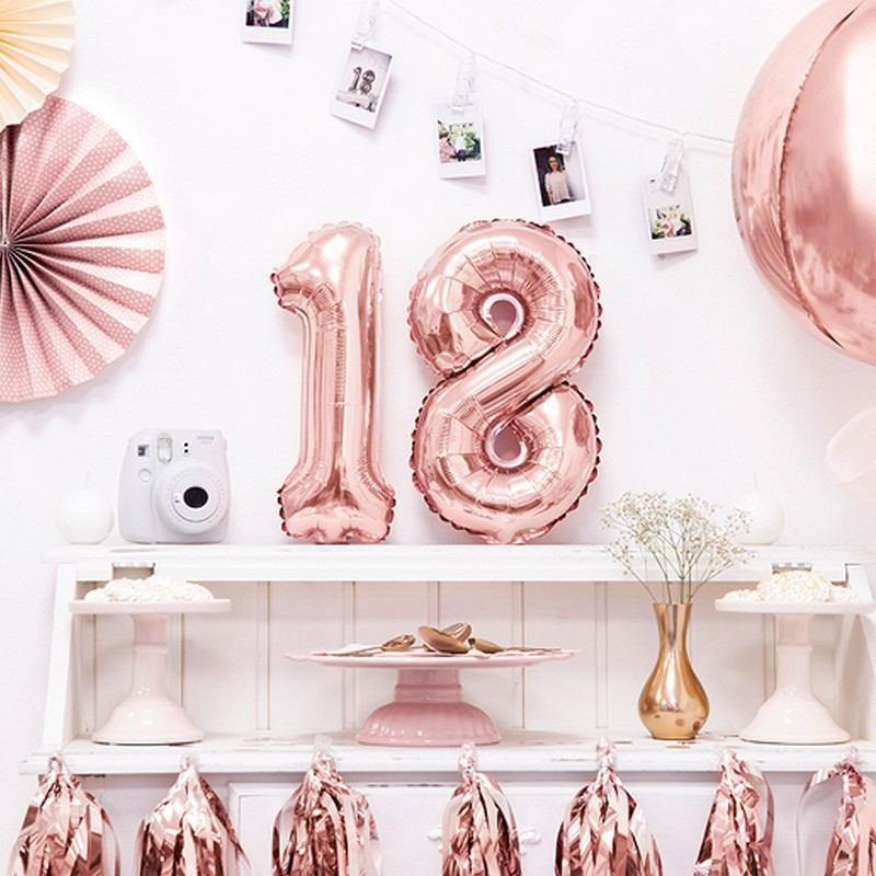 Balony na 18 urodziny cyfry