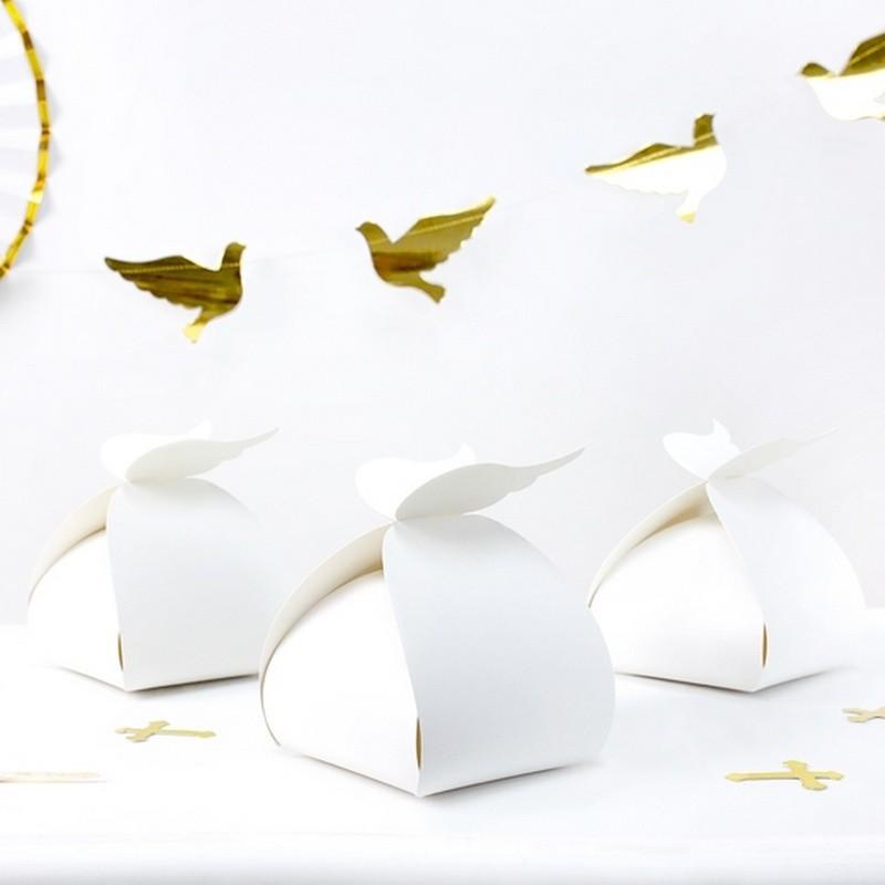 Pudełka na ciasto ze skrzydełkami