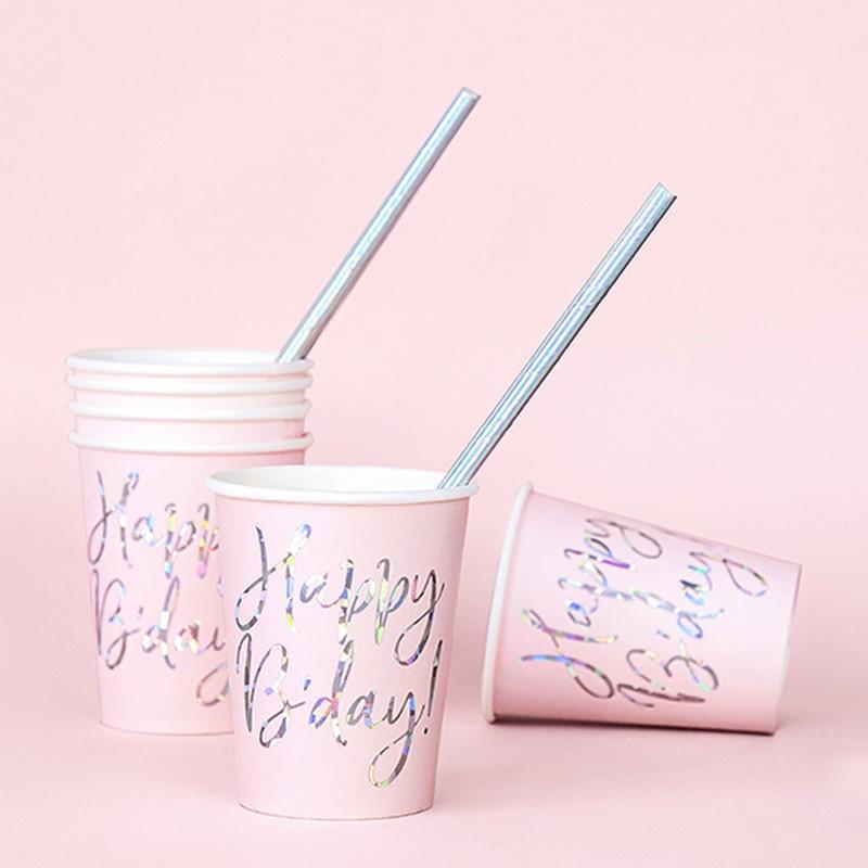 Papierowe kubeczki na urodziny dziewczynki
