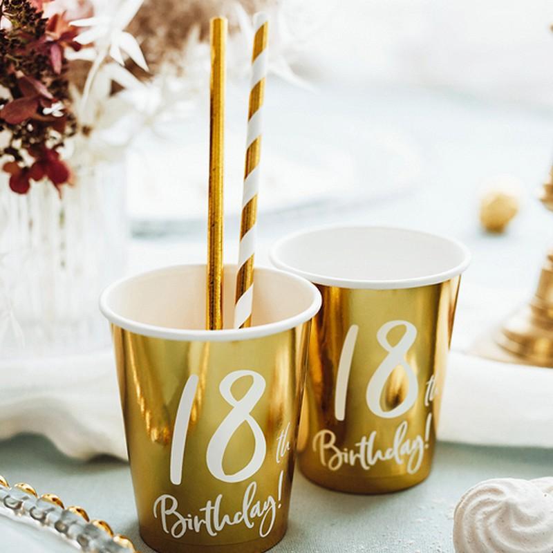 Złote kubeczki na 18 urodziny