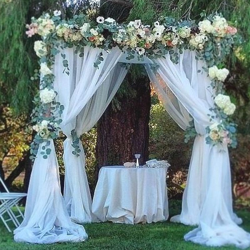 Tiul do dekoracji sali weselnej
