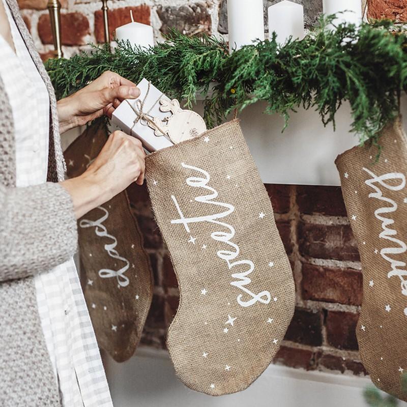 Skarpeta na słodkie prezenty świąteczne