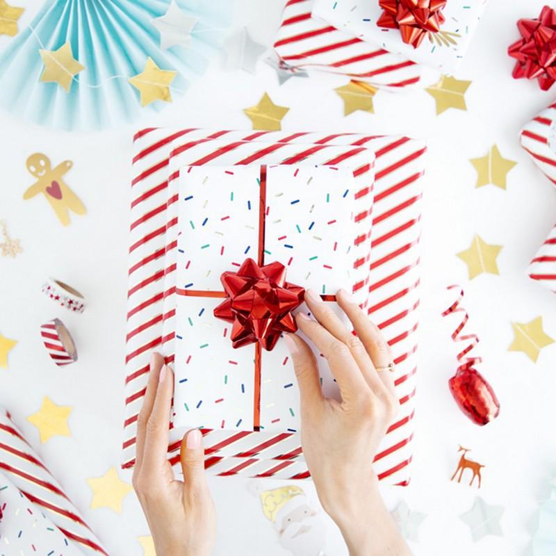 Przykład, jak zapakować prezenty świąteczne