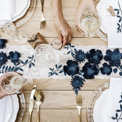 KORONKA dekoracyjna na rolce złamana biel Kwiaty 18cm x 9m