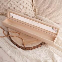 PUDEŁKO drewniane na świecę do Chrztu Z IMIENIEM Rustykalny wianuszek