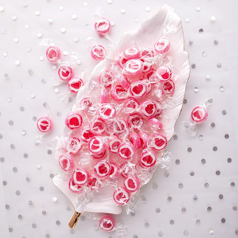 Kolorowe cukierki do słodkiego bufetu na ślub i wesele