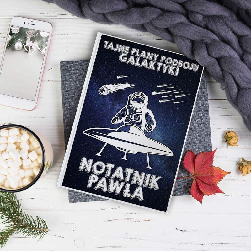 Notatnik dla mężczyzny w kosmicznym stylu na Boże Narodzenie