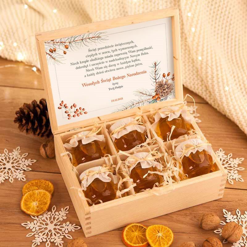 Prezent świąteczny skrzynia z małymi miodkami