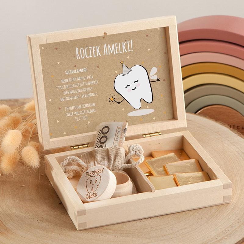 Pudełko na Roczek z czekoladkami i woreczkiem na pieniążki