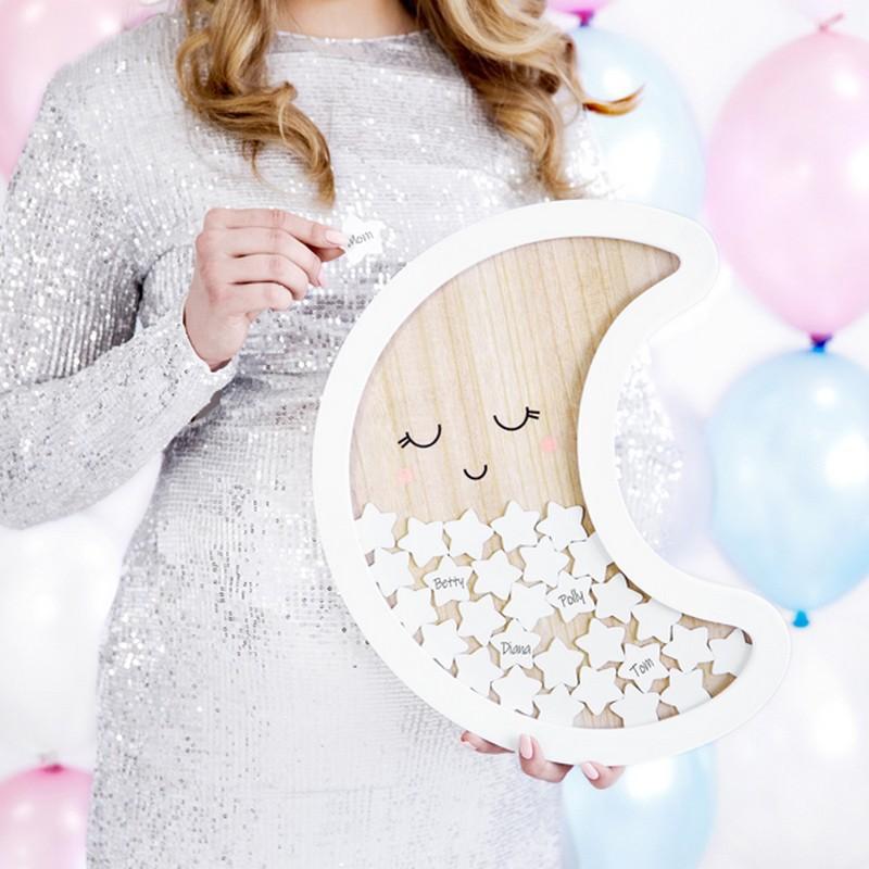 Drewniana księga gości w kształcie księżyca na urodzinki dziecka
