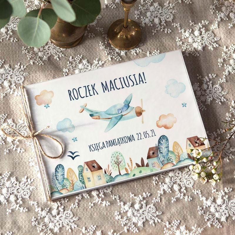 Pamiątkowa księga na Roczek chłopca z samolotem