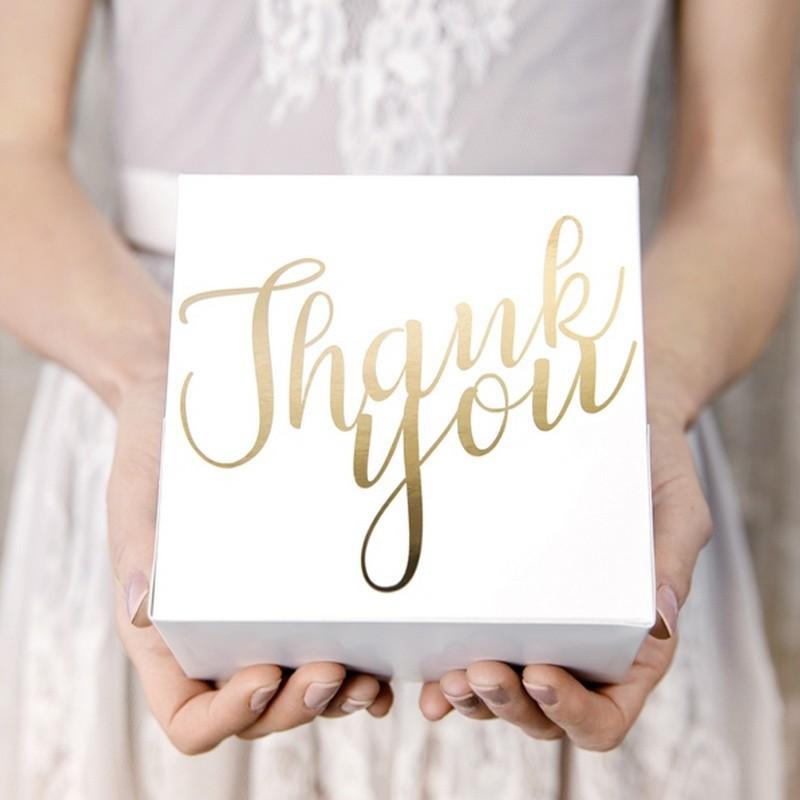 Pudełka na ciasto z metalicznym napisem Thank You