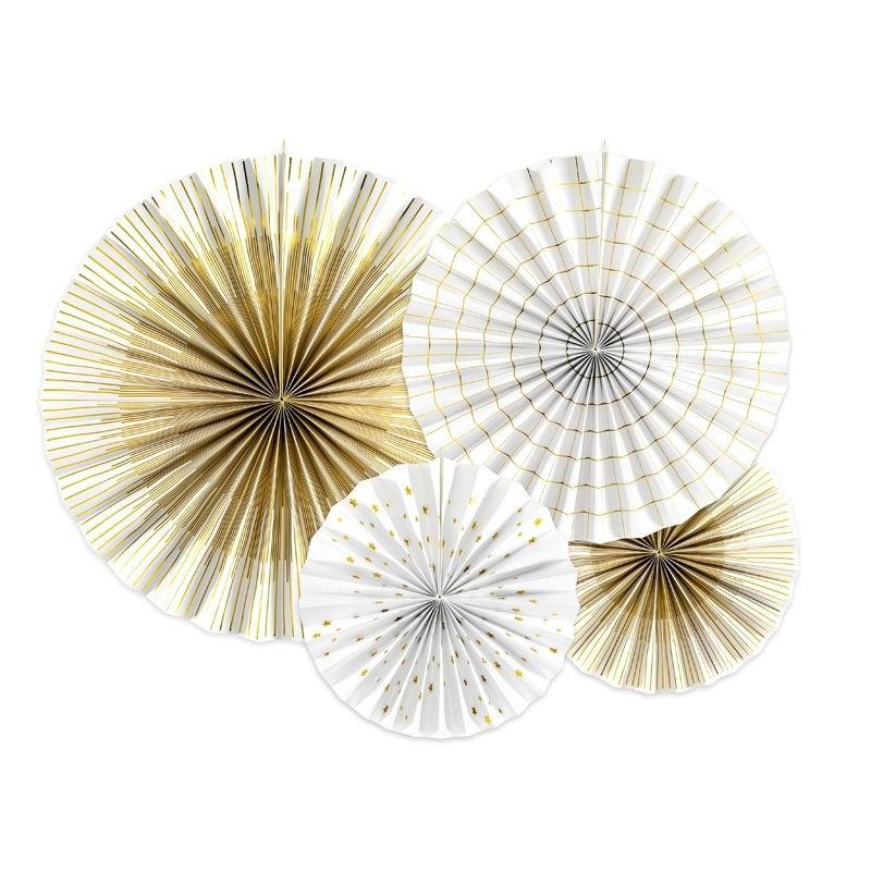 Rozety w odcieniach bieli i złota do dekoracji balkonu