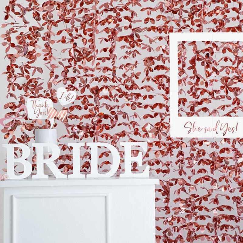 Wisząca rosegold ścianka kwiatowa na Panieński
