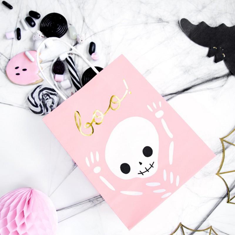 Halloweenowe torebki na słodycze dla dzieci