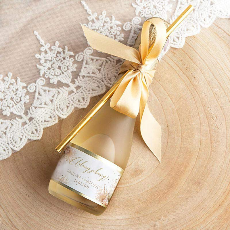 Mini wino musujące z kolekcji boho pampas na podziękowanie dla gości weselnych